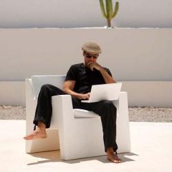 Jut Butaca armchair Vondom white